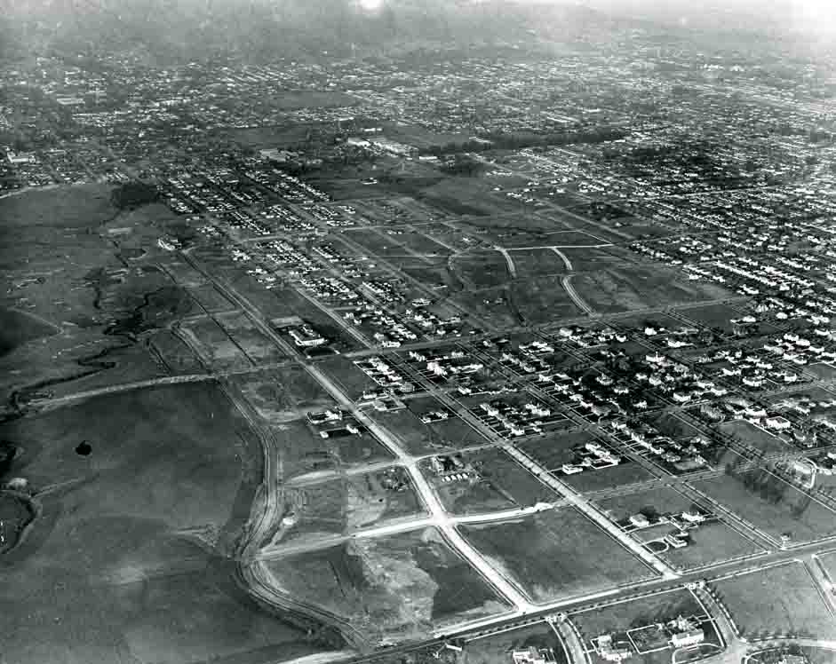 Vintage aerial photo of Hancock Park