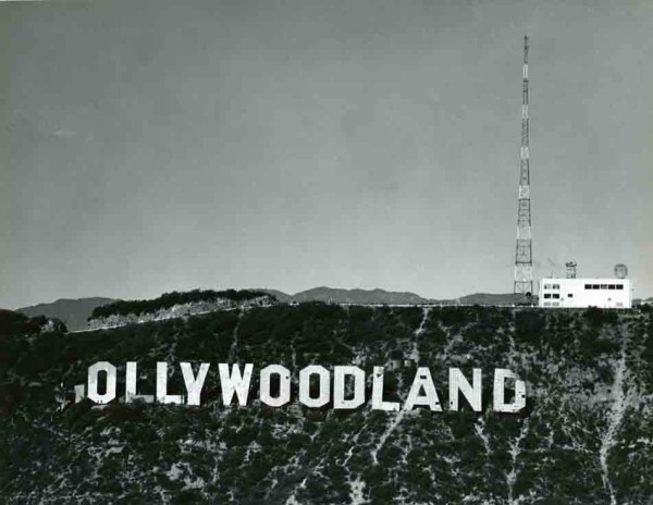 Hollywood and sign photo