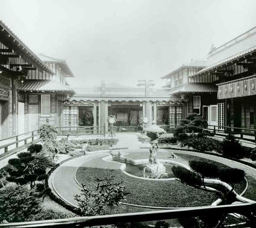 1918 Interior garden at Yamashiro Hollywood