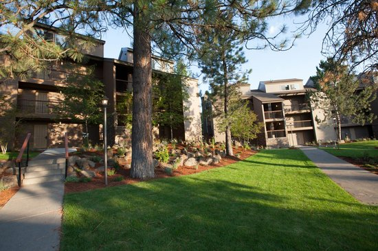 Seventh Mountain Resort