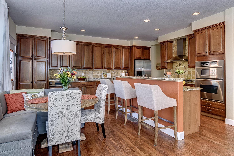 10398 E. 28th Avenue Kitchen