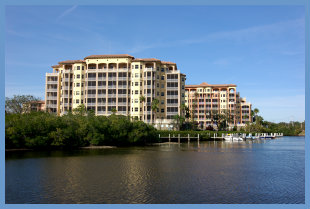 Waterfront condominiums in Sarasota, FL
