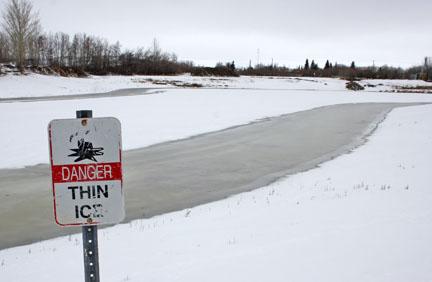 winter-storm-pond