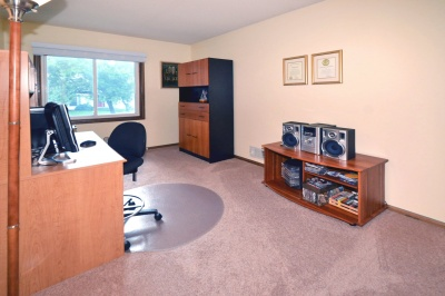 13601_james_avenue_south_mls_hid817083_roomofficemainlevel_400
