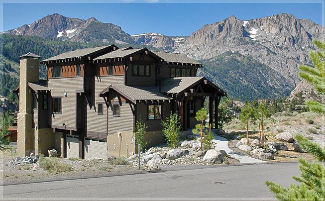 June Lake Luxury Home With Views of Gull Lake