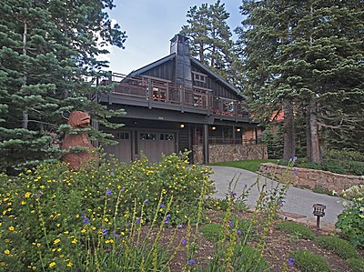 Mammoth Slopes home on Forest Trail