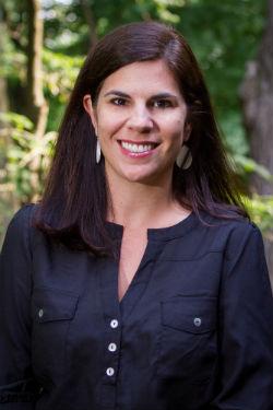 Andrea Scholtz, Realtor