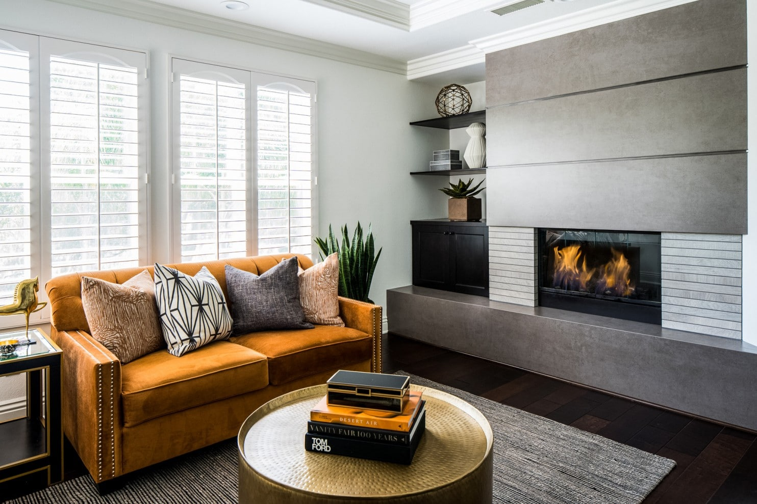 Image of warm, earth tones in living room