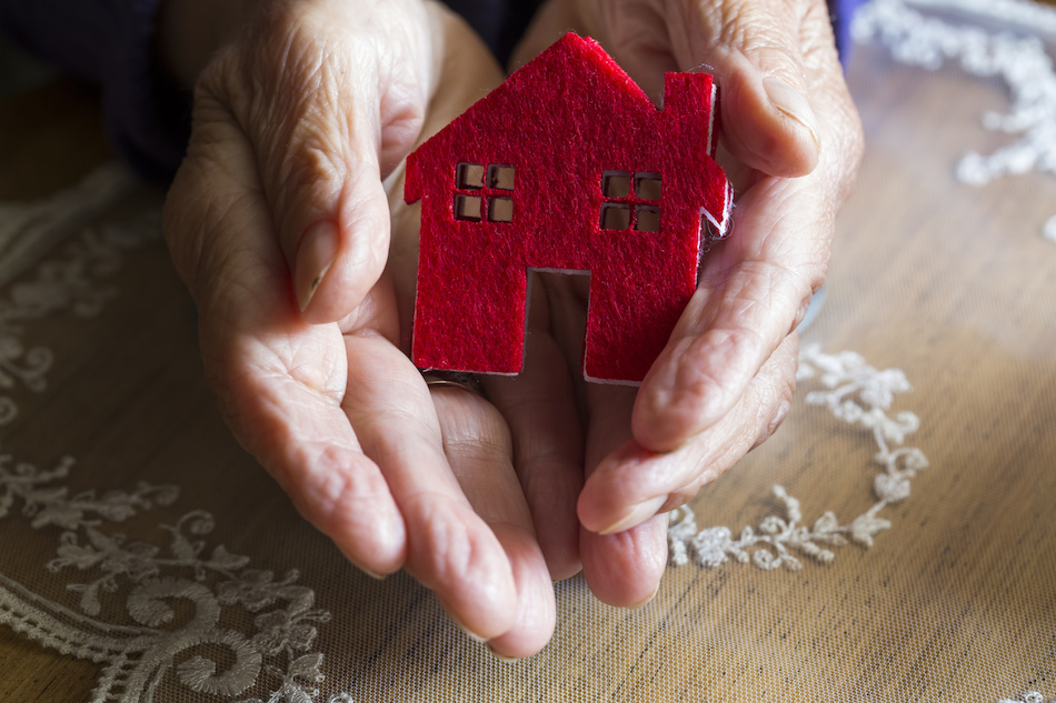 Tips for Seniors Looking to Buy a New Retirement Home