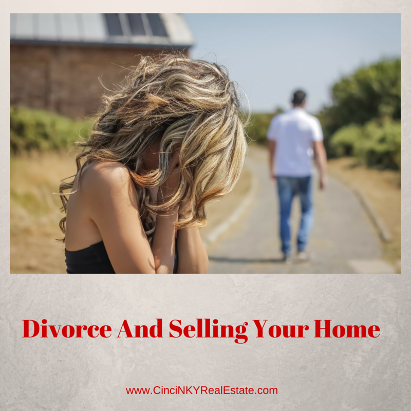 picture of fighting couple for divorce and selling your home