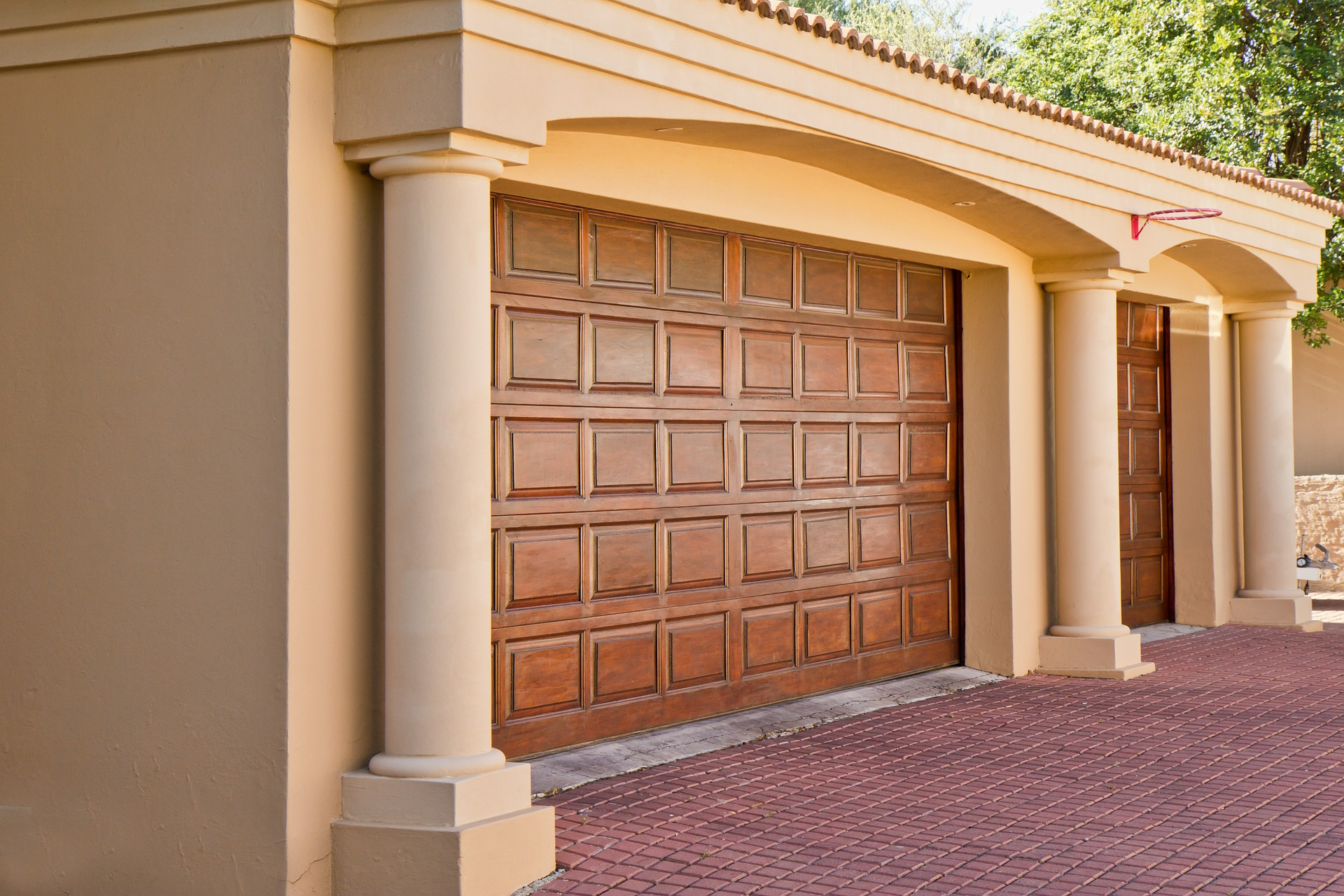 Picture of garage door for smart garage door section