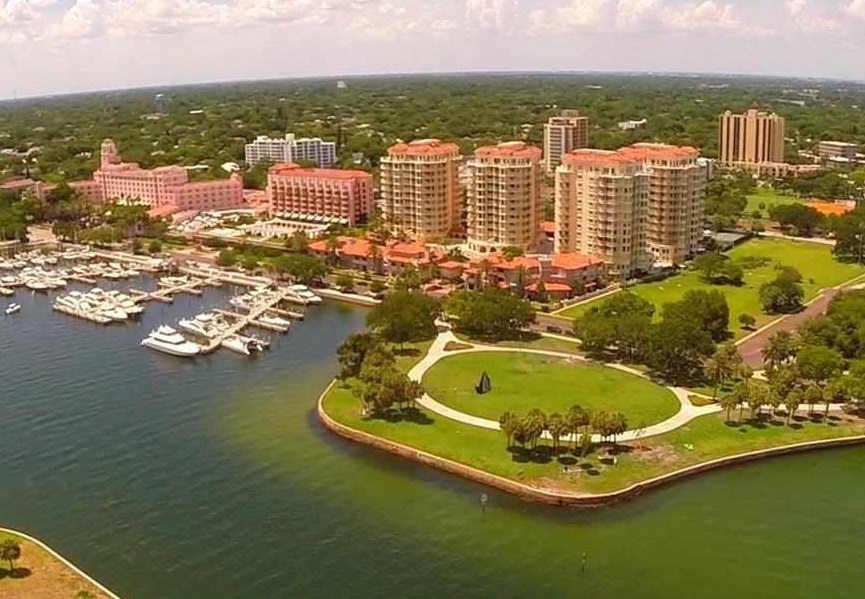 Aerial view of Vinoy condos in St. Petersburg, FL