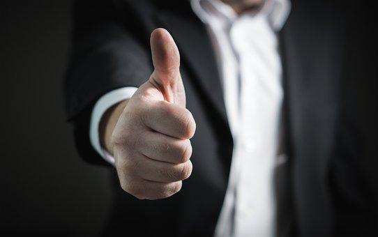 Real Estate Agents versus Realtors