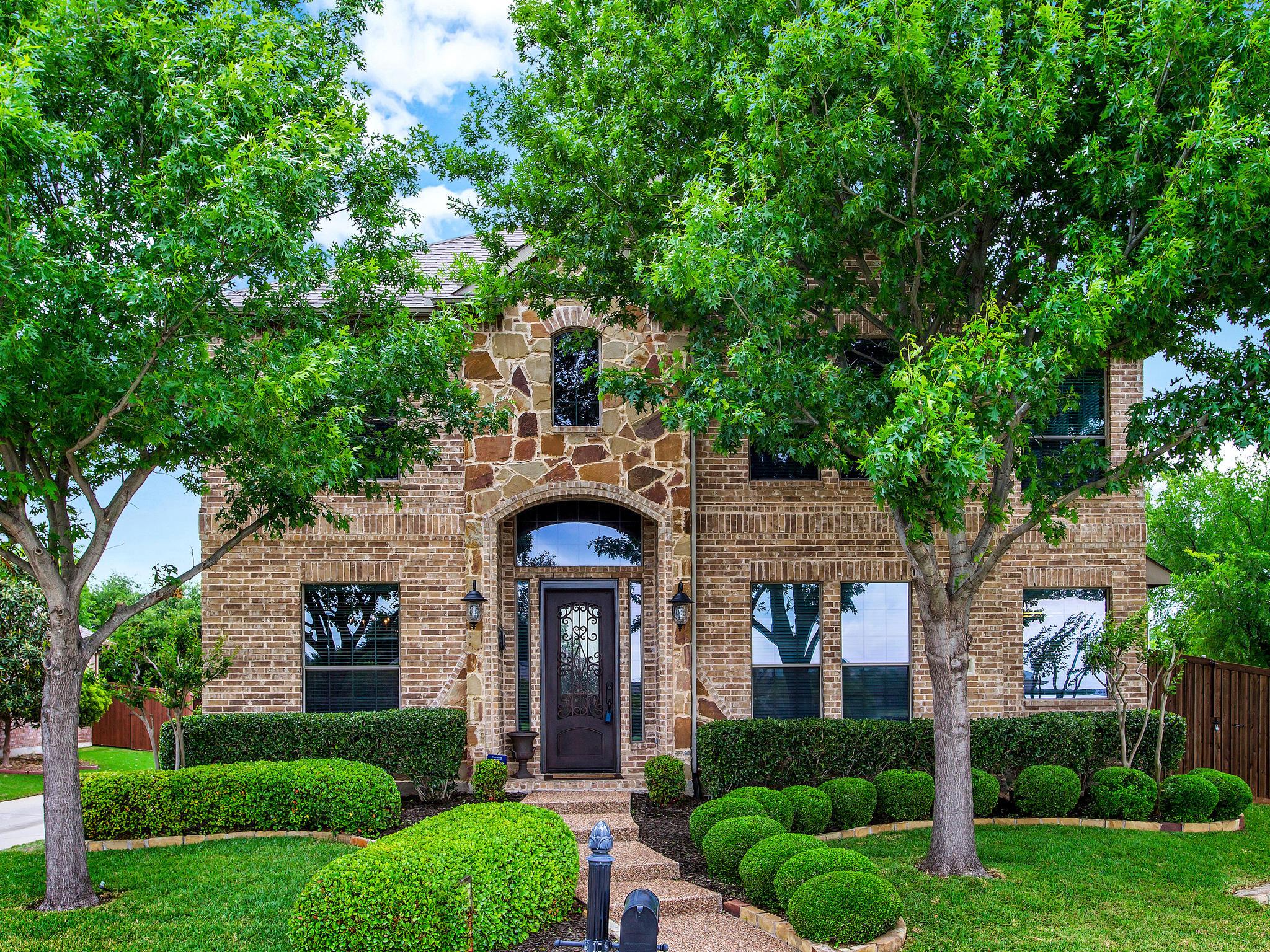 Homes for Sale in Allen, TX - 1437 Lampasas Dr, Allen, TX 75013