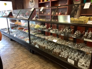 moth's candies modjeskas family owned business downtown nulu 500 block