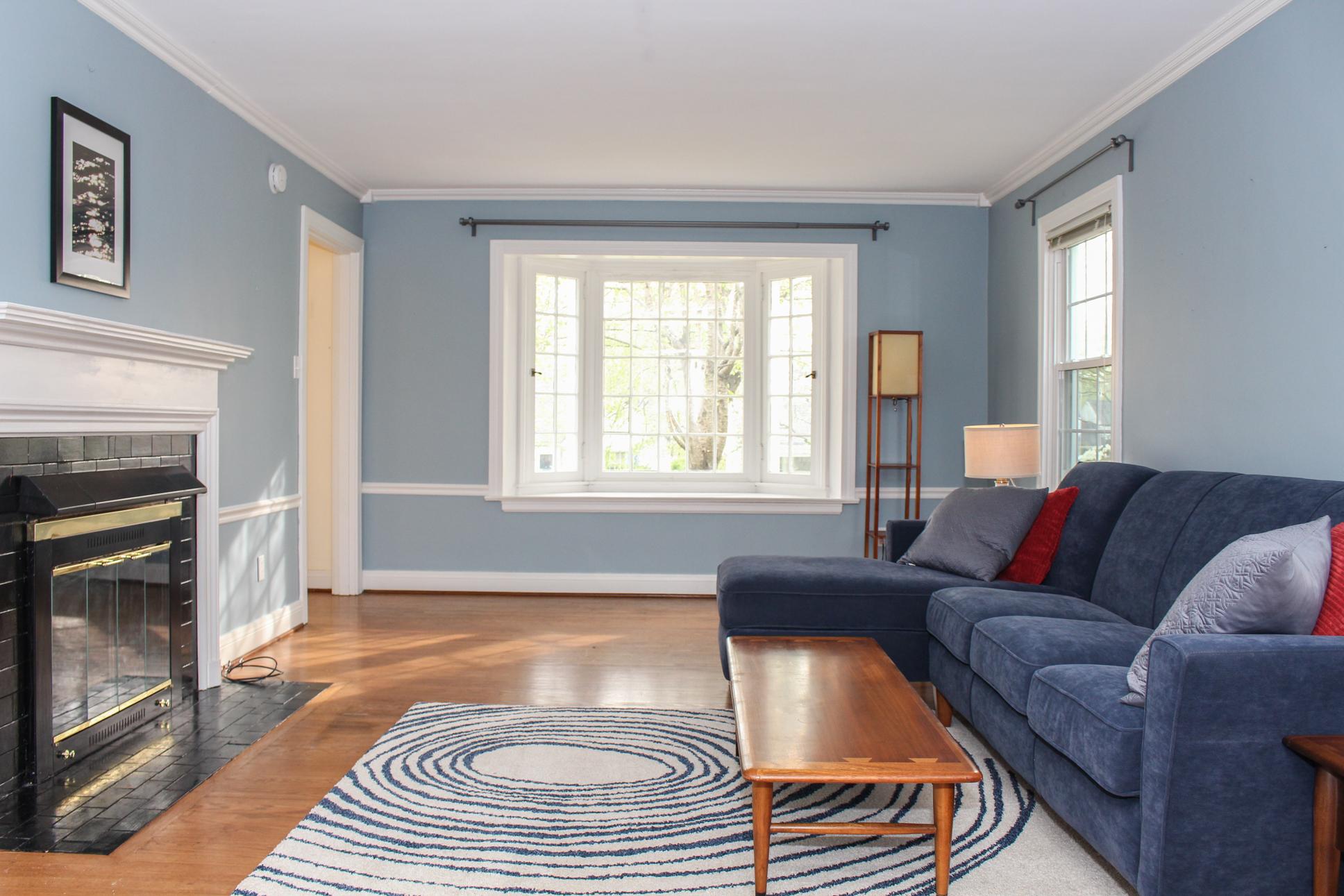 Landor Ave Living Area