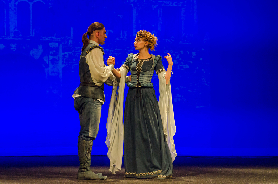 See Shakespeare at the Shawnee Library December 6