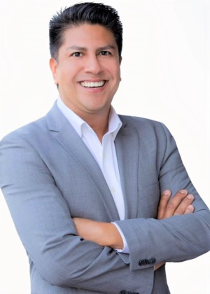 David  Flores | DRE #01966701