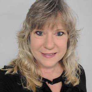 Niki Arrington