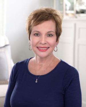 Paula Thieneman-Bates
