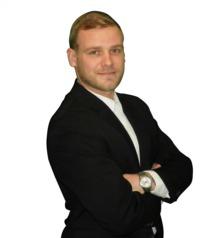 Derrick Hutchins
