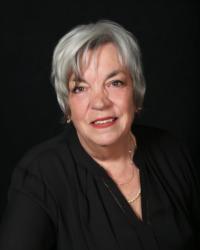 Stephanie Hansson