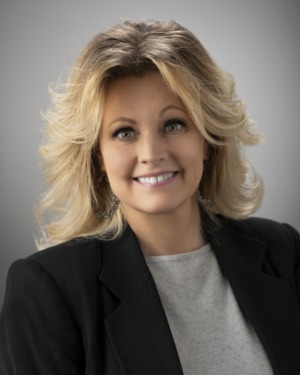 Shana Blevins | Contract Specialist
