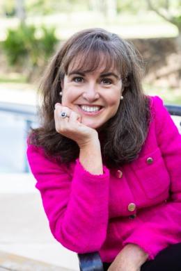 Tracey Stott Kelley