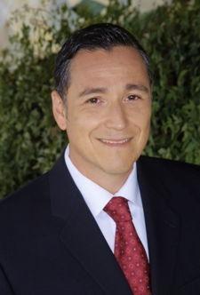 Alex Veloz