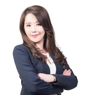 Hsin Yuan (Shirley) Yang
