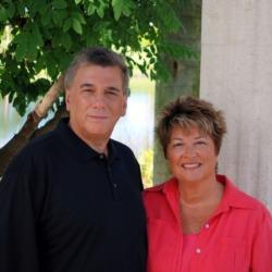 Larry & Joan Lefkowitz