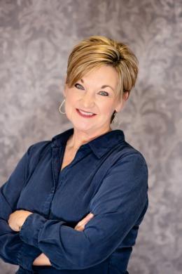 Nancy Schladand