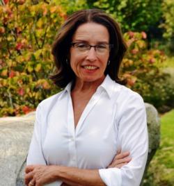 Joan Kuzniar