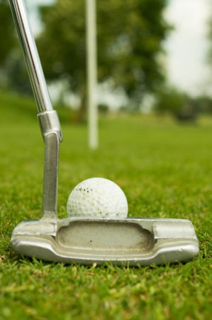 Which Municipal Golf Courses Are Found in Middlesex County?
