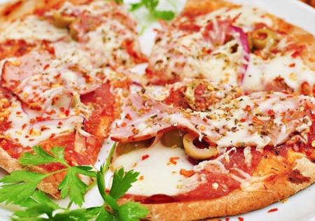 Restaurant Spotlight: Cranbury Pizza