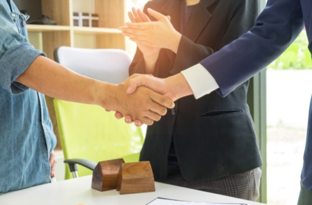 4 Questions You Need to Ask When Interviewing an Agent