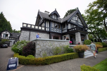 Rockland Mansion Auction – Yay or Nay?
