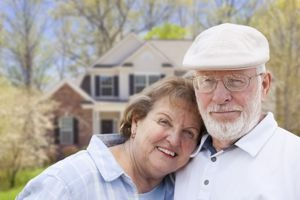 Leave Your House and Live Your Life: 5 Benefits of Selling Your House in Your 60s