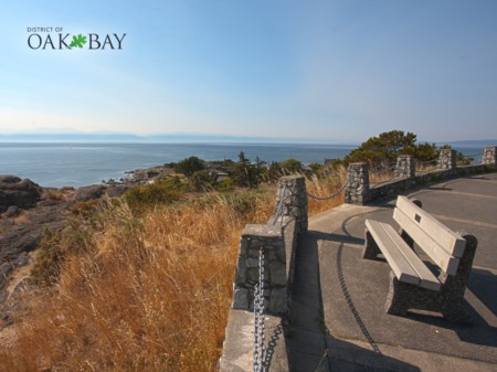 A Heavenly Getaway In The Oak Bay Area