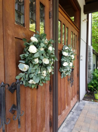 Wreath Making Crafts & Sip with Agnew Florist