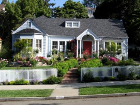 Landscaping Tips That Can Help Sell Your Home