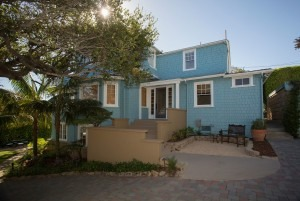 New Listing - Santa Barbara Lower Riviera Crastman with Ocean Views