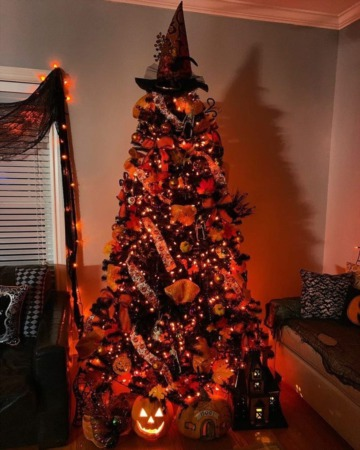 Decorating for Halloween with your Christmas Tree!