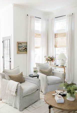 How to Make a Living Room More Cozy