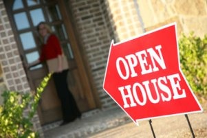 Tips for Hosting the Perfect Open House