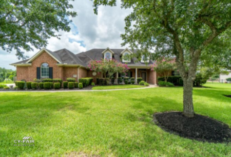 9 Car Garage Home in Cypress Creek Ranch