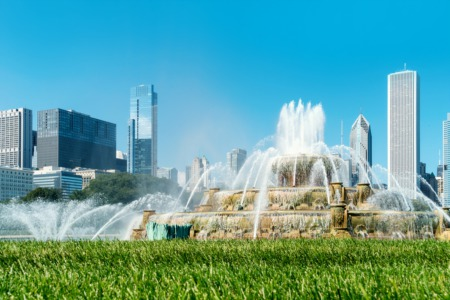 3 Reasons to Buy a Downtown Chicago Condo in the Summer