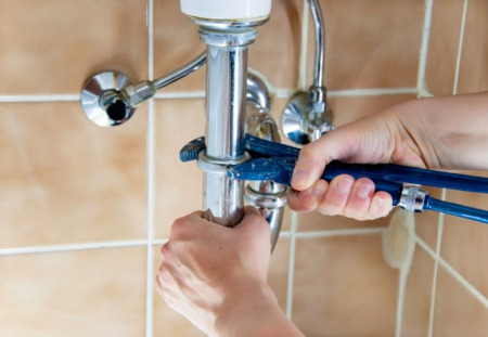 Practical Steps to Check Out and Inspect Plumbing for First Time Homebuyers