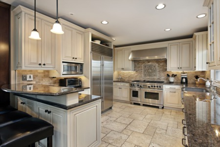 Kitchen Remodeling: How To Choose The Right Kitchen Cabinets