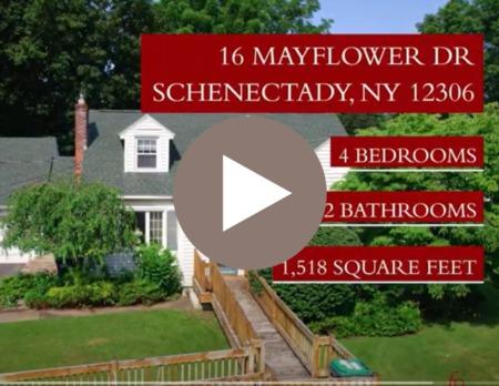 16 Mayflower Dr Schenectady, NY 12306